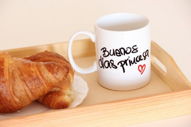 """Taza """"Buenos días princesa"""""""