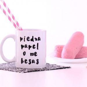 Taza Piedra papel o me besas