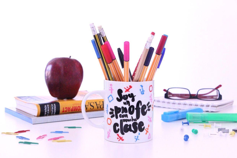 taza profe con clase